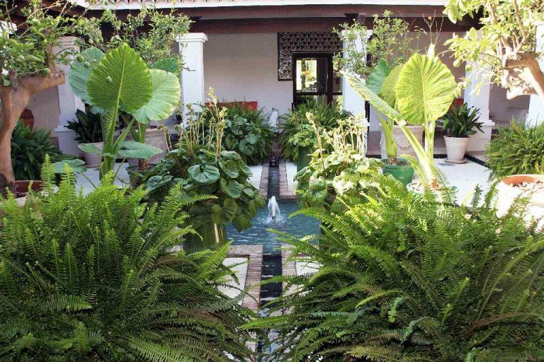 La Reserva - Clubhouse Courtyard