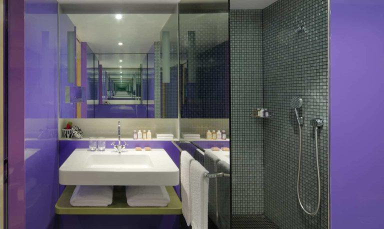 G&V Hotel - bathroom