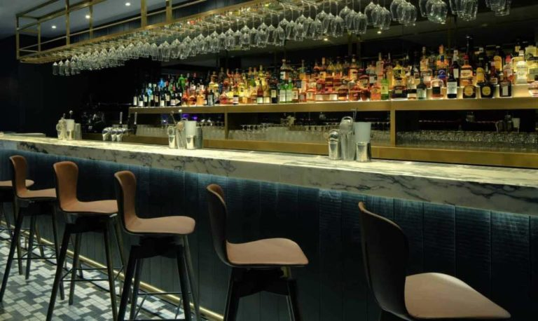 G&V Hotel - bar