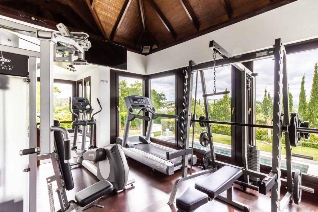 Los Halcones, San Roque Club. 2 Storey gym & fitness centre
