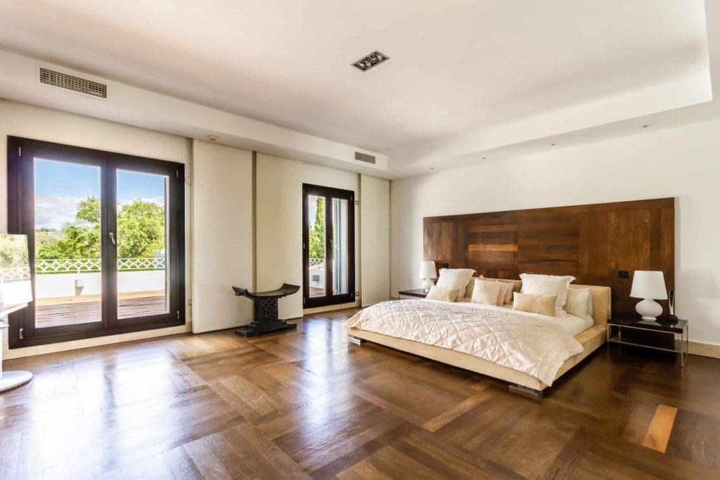 Los Halcones, San Roque Club. individually designed master bedroom with wet  room.